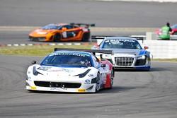 #105 Russian Bears Motorsport Ferrari 458 Italia: Vyacheslav Maleev, Kirill Ladygin
