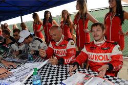 Autograph session, Alexey Dudukalo, SEAT Leon WTCC, Lukoil Racing Team