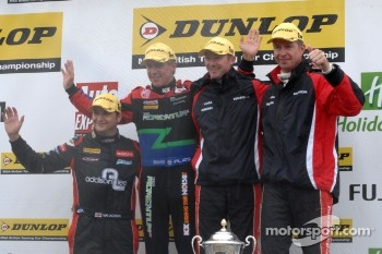 Round 23 Podium: 1st Gordon Shedden, 2nd Matt Neal, 3rd Jason Plato, Independent Winner Mat Jackson 