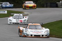 # 10 Suntrust Racing Chevrolet Corvette Dallara DP: Max Angelelli, Ricky Taylor  - # 9 Action Express Racing Chevrolet Corvette DP: Joao Barbosa,  Darren Law