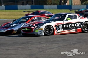 Race action in FIA GT1 World season finale at Donington