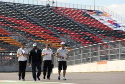 Narain Karthikeyan, HRT Formula One Team and Dani Clos, HRT Formula One Team
