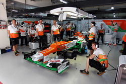 Sahara Force India F1 of Paul di Resta, Sahara Force India F1 in the pits