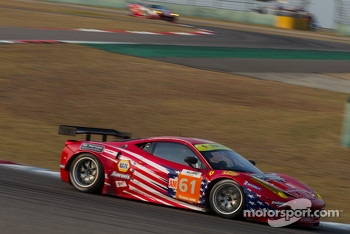 #61 AF Corse-Waltrip F458 Italia: Robert Kauffman, Rui Aguas