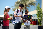 Sergio Perez, Sauber signs autographs for the fans