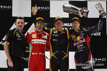 Podium: race winner Kimi Raikkonen, Lotus F1 Team, second place Fernando Alonso, Scuderia Ferrari, third place Sebastian Vettel, Red Bull Racing, Eric Boullier, team manager Lotus F1 Team