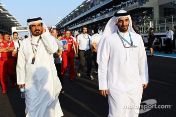 Mohammed Bin Sulayem, (Left) on the grid