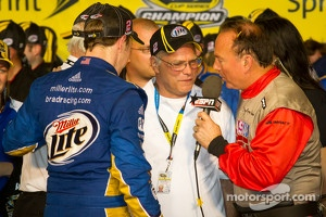 Championship victory lane: 2012 NASCAR Sprint Cup Series champion Brad Keselowski, Penske Racing Dodge celebrates with his dad