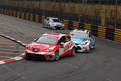 Alexey Dudukalo, SEAT Leon WTCC, Lukoil Racing Team and James Nash, Ford Focus S2000 TC, Team Aon