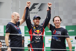 Sebastian Vettel, Red Bull Racing celebrates his World Championship with Adrian Newey, Red Bull Racing Chief Technical Officer, Christian Horner, Red Bull Racing Team Principal and the team