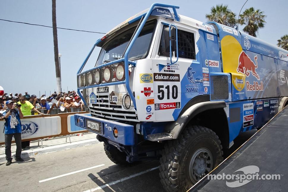 http://cdn-3.motorsport.com/static/img/mgl/1400000/1490000/1499000/1499000/1499063/s1_1.jpg
