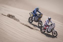 #47 KTM: Marek Dabrowski and #46 Yamaha: Mauricio Gomez