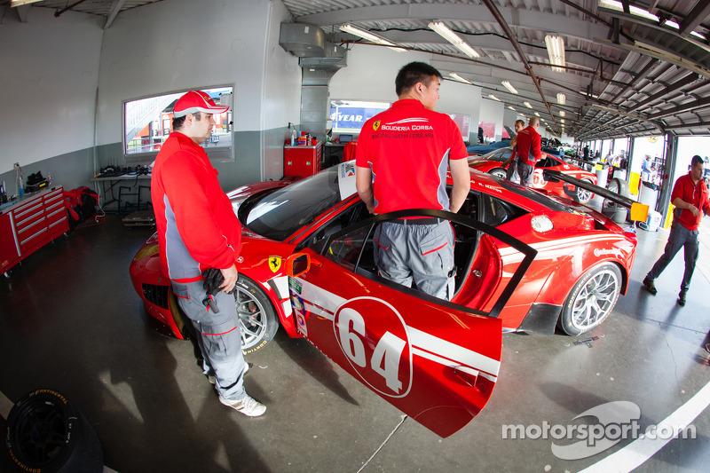 #64 Scuderia Corsa Ferrari 458