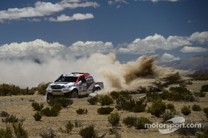 #301 Toyota: Giniel de Villiers and Dirk von Zitzewitz