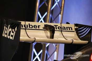 Sauber C32 rear wing