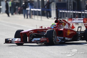Felipe Massa, Ferrari leaves the pits