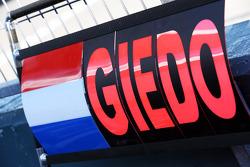 Pitbord voor Giedo van der Garde, Caterham F1 Team