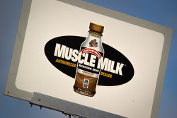 Pit board for #6 Muscle Milk Pickett Racing
