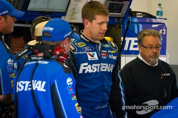 Carl Edwards, Roush Fenway Racing Ford back in the garage after the crash