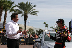 Mark Reuss, President General Motors USA and Jeff Gordon, Hendrick Motorsports Chevrolet