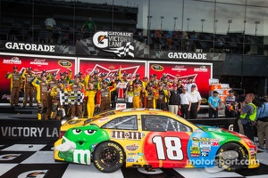 Victory lane: race winner Kyle Busch, Joe Gibbs Racing Toyota celebrates