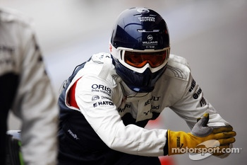 Williams mechanics practice pit stops