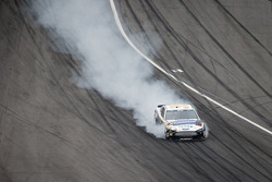 Josh Wise, Front Row Motorsports Ford heads to pit road with damage
