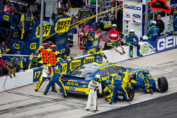 Pit stop for Ricky Stenhouse Jr., Roush Fenway Racing Ford