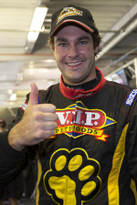 shane-van-gisbergen-vip-petfood-racing-celebrates-pole-2