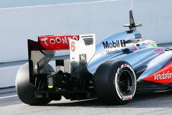 Sergio Perez, McLaren MP4-28 rear wing and rear diffuser