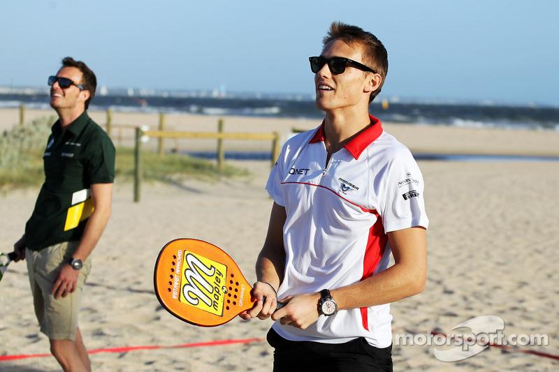 Max Chilton, Marussia F1 Team and Giedo van der Garde, Caterham F1 Team play beach tennis