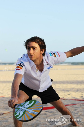 Esteban Gutierrez, Sauber plays beach tennis