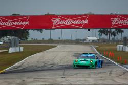 #17 Team Falken Tire Porsche 911 GT3 RSR: Wolf Henzler, Bryan Sellers, Nick Tandy
