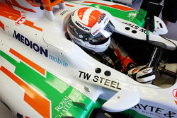 Adrian Sutil, Sahara Force India VJM06 in the pits