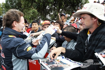 Christian Horner, Red Bull Racing Team Principal signs autographs for the fans
