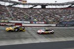 Marcos Ambrose, Richard Petty Motorsports Ford, Greg Biffle, Roush Fenway Racing Ford