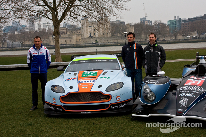 From left: Stéphane Sarrazin, Darren Turner and  Jonny Kane