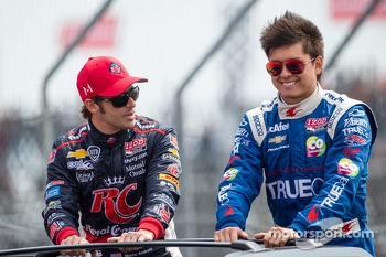 Marco Andretti, Andretti Autosport Chevrolet and Sebastian Saavedra, Dragon Racing Chevrolet