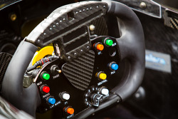 Steering wheel of Oriol Servia, Panther DRR Chevrolet