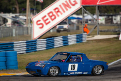#10 1973 Porsche 914/6: Ryan Harrold