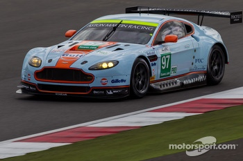 #97 Aston Martin Racing Aston Martin Vantage V8: Stefan Mcke, Bruno Senna, Darren Turner