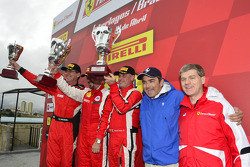 Trofeo Pirelli podium: Jose Valera, John Farano, Eduardo Ramos