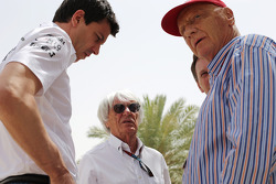 (L to R): Toto Wolff, Mercedes AMG F1 Shareholder and Executive Director with Bernie Ecclestone, CEO Formula One Group, Red Bull Racing Team Principal and Niki Lauda, Mercedes Non-Executive Chairman
