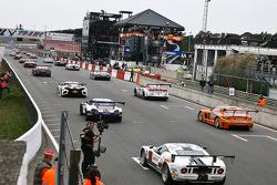 Pace laps start