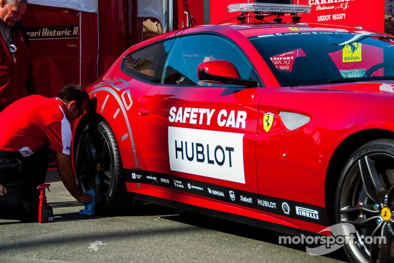 Ferrari Challenge Hubolt Safety Car
