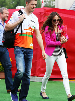 Paul di Resta, Sahara Force India F1 with his girlfriend Laura Jordan