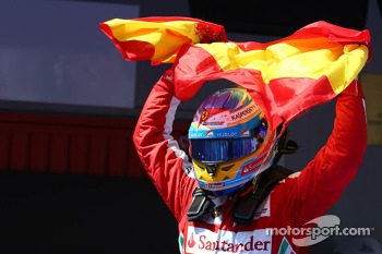 Race winner Fernando Alonso, Ferrari celebrates