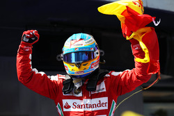 Race winner Fernando Alonso, Ferrari celebrates in parc ferme