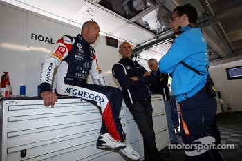 Tom Coronel, BMW E90 320 TC, ROAL Motorsport  with Aldo Preo, Team owner, ROAL Motorsport