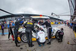 Pit stop for #23 Rowe Racing Mercedes-Benz SLS AMG GT3 (SP9): Lance David Arnold, Alexander Roloff, Thomas Jäger, Jan Seyffarth